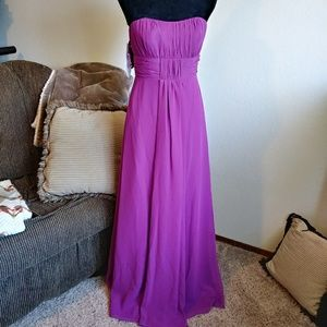 Alfred Angelo Formal Bridesmaid Dress Purple sz. 6